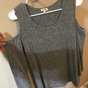 Long Sleeve Sweater With Shoulder Cut Out